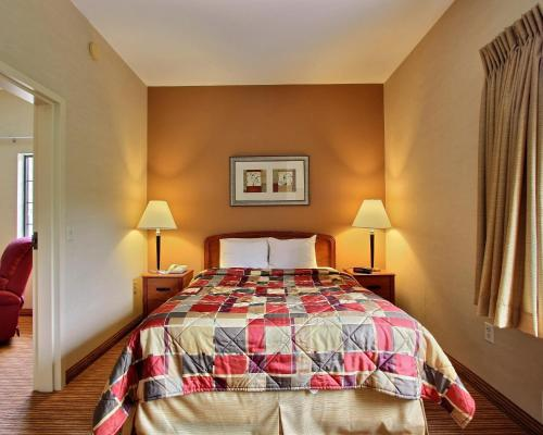 MainStay Suites of Lancaster County Photo