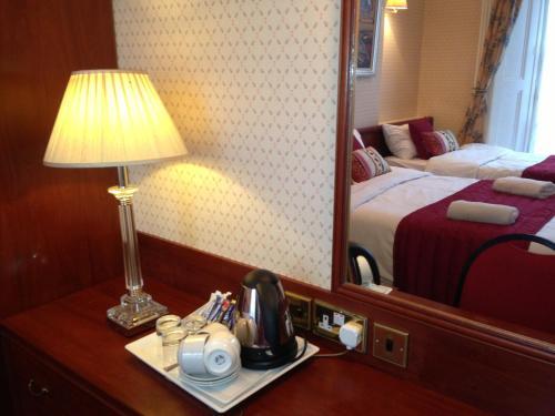 Avon Hotel photo 22