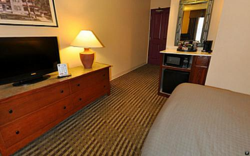 Grandstay Hotel And Suites Chaska - Chaska, MN 55318