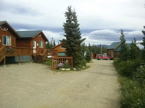 Alaskan Spruce Cabins - Healy, AK 99743