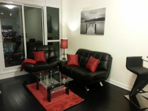 Royal Stays Furnished Apartments - Square One - Mississauga, ON L5B 0E1