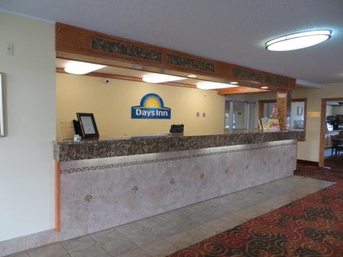 Days Inn - Yakima Photo