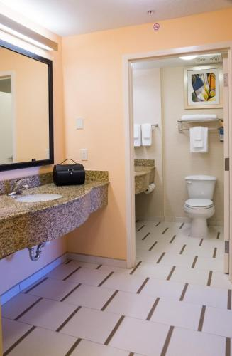 Fairfield Inn & Suites by Marriott Orlando International Drive/Convention Center photo 34