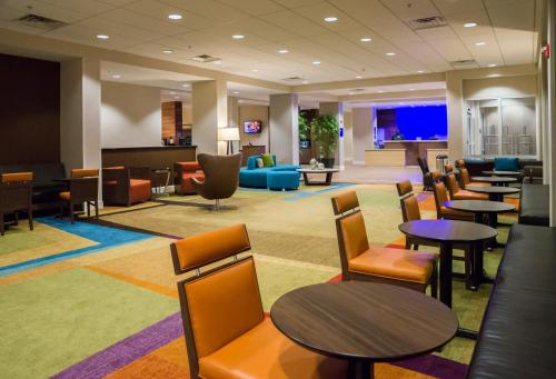 Fairfield Inn & Suites by Marriott Orlando International Drive/Convention Center photo 37