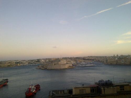 40, Battery Street, Valletta, Malta.