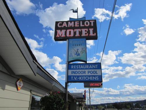 Camelot Court Motel