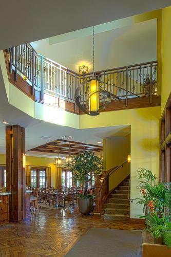 Hotel Abrego Photo