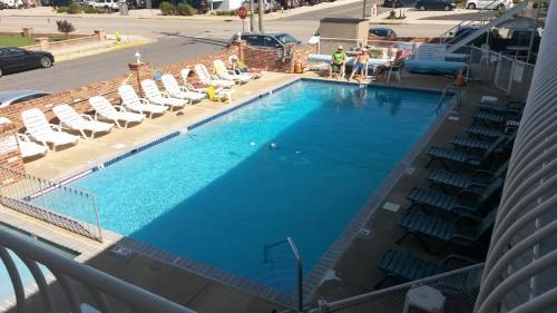Blue Water Motel Photo