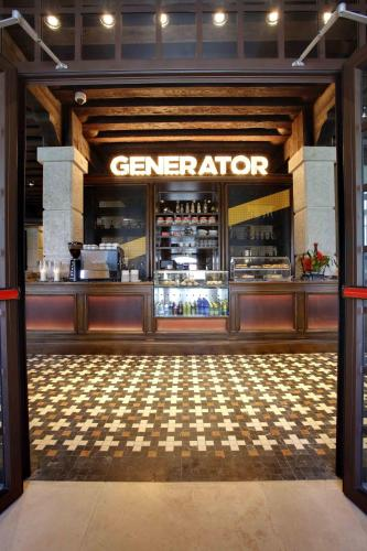 Generator Venice Photo