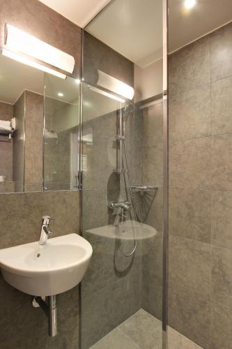 Hotel Alhambra photo 14