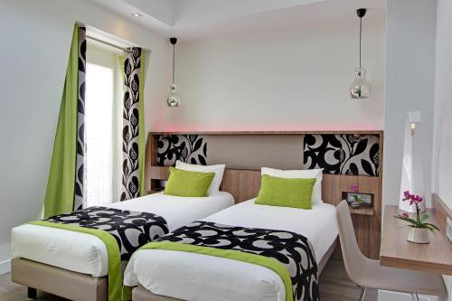 Hotel Alhambra photo 27