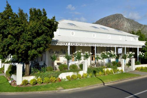 Centre-Ville Guest House Photo