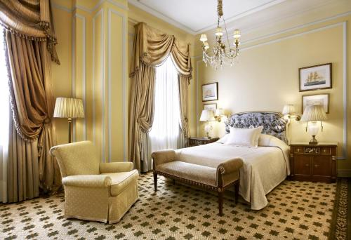 Hotel Grande Bretagne, a Luxury Collection Hotel photo 8