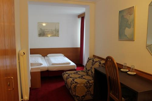 Hotel Montree photo 14