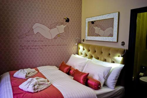 Design hotel jewel prague review prague travel for Design hotel neruda praga praga repubblica ceca