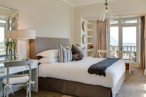 232 Kloof Road, Cape Town 8001, South Africa.