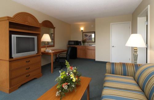 Quality Inn & Suites Georgetown Photo