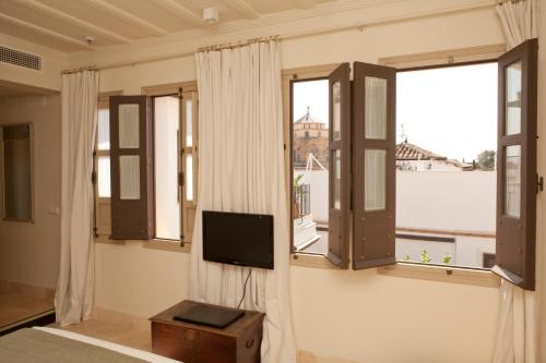 Suite Junior with Terrace Balcón de Córdoba 11