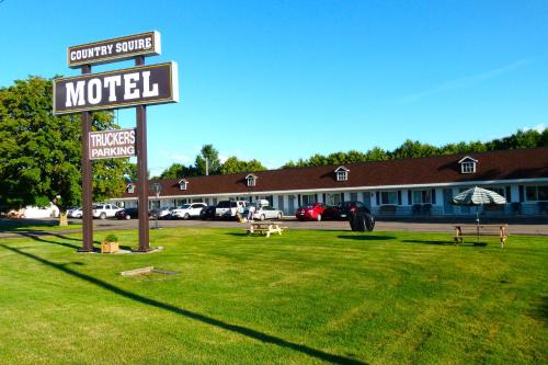 Country Squire Motel - Arnprior, ON K7S 3G8