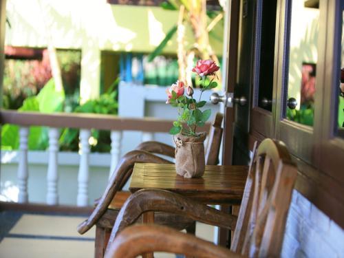 Kata Hi View Resort