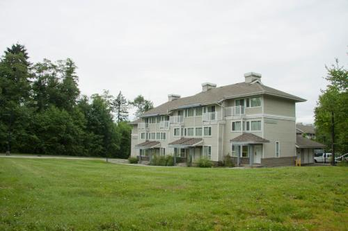 Sfu Guest Accommodations - Burnaby, BC V5A 1S6