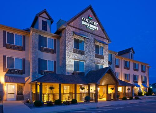 Country Inn & Suites by Radisson, Green Bay North, WI Photo