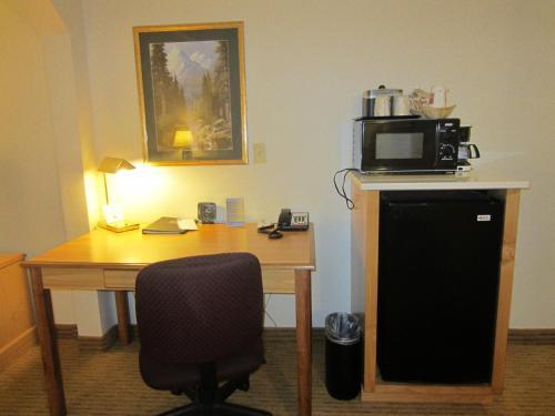 Comfort Suites Downtown Sacramento Photo
