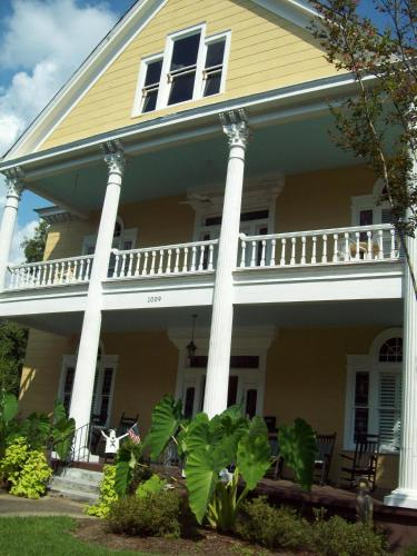 Isabella Bed & Breakfast - Port Gibson, MS 39150