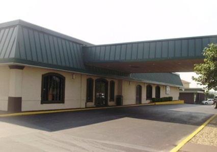 Quality Inn Bartlesville - Bartlesville, OK 74006