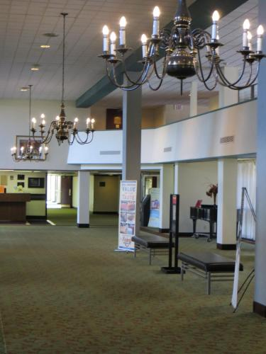 Ramada Lansing Hotel and Conference Center Photo
