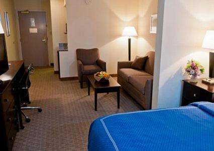 Comfort Suites University Area Photo
