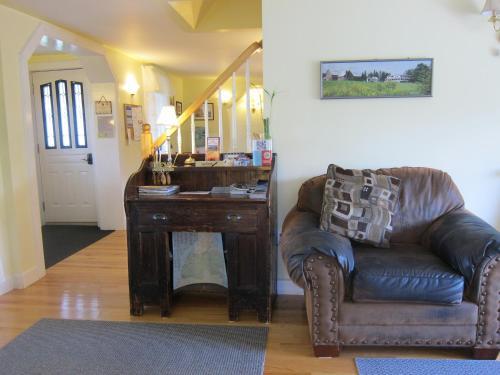 Auld Farm Inn B&b - Baddeck, NS B0E 1B0