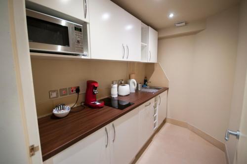 Palmerston Suites photo 9