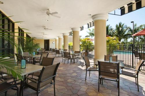 Embassy Suites Hotel Fort Myers Fl