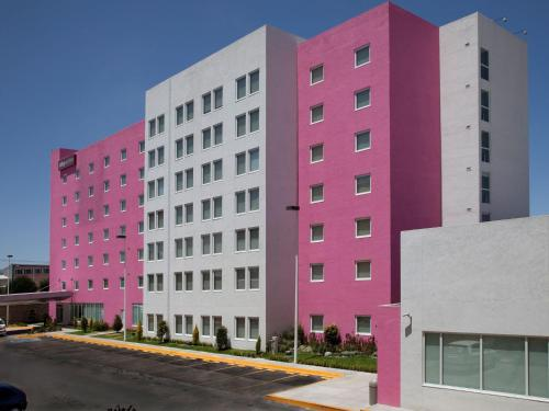 Foto de City Express Suites Toluca
