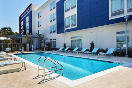 Hotels Amp Airbnb Vacation Rentals In Pensacola Florida