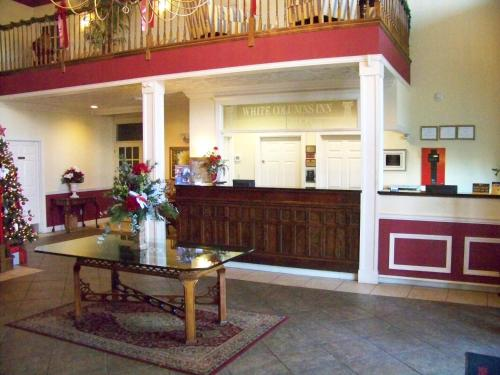 White Columns Inn - Thomson, GA 30824