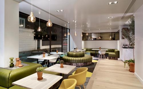 DoubleTree by Hilton London - Hyde Park photo 32