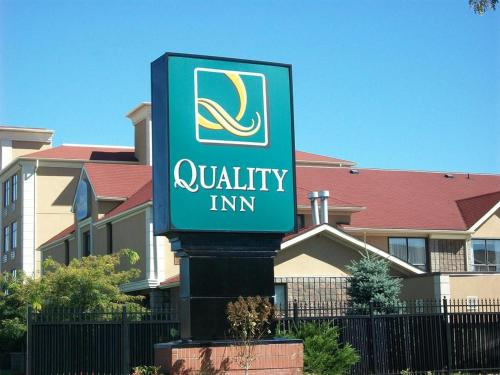 Quality Inn Barrie Photo