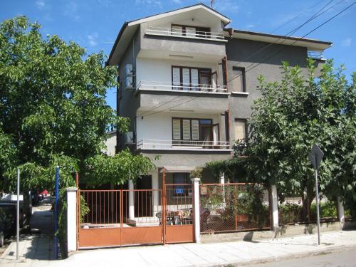 Ve-Ga Apartments