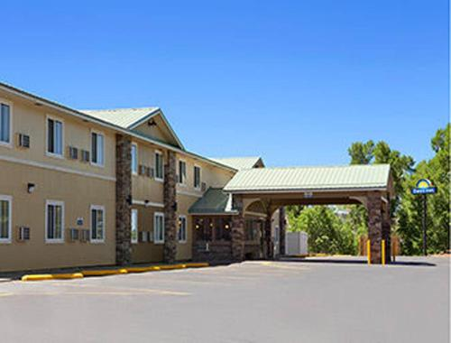 Days Inn & Suites Gunnison Photo