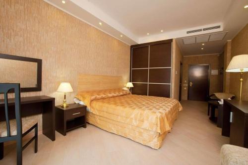 Аквамарин Отель и Спа Двухместный номер «Комфорт» с 1 кроватью или 2 отдельными кроватями
