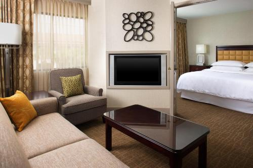 Sheraton Suites Orlando Airport Hotel photo 4
