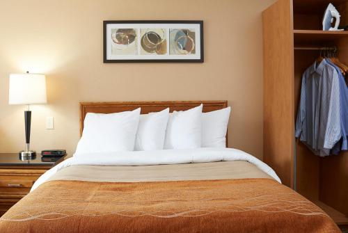Comfort Inn Kirkland Lake - Kirkland Lake, ON P0K 1A0