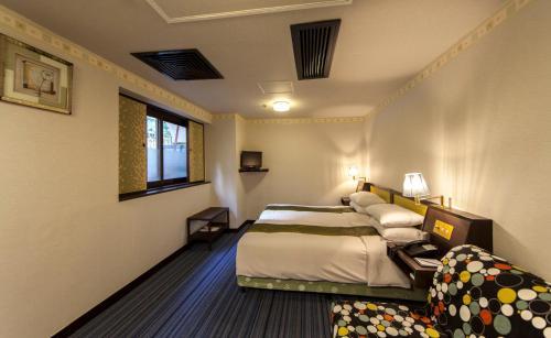 Evergreen Hotel photo 29