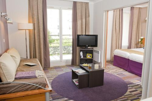 Aparthotel Adagio Paris Buttes Chaumont photo 2
