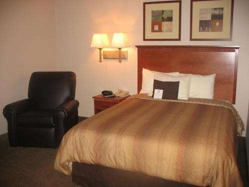 Candlewood Suites Rockford - Rockford, IL 61108