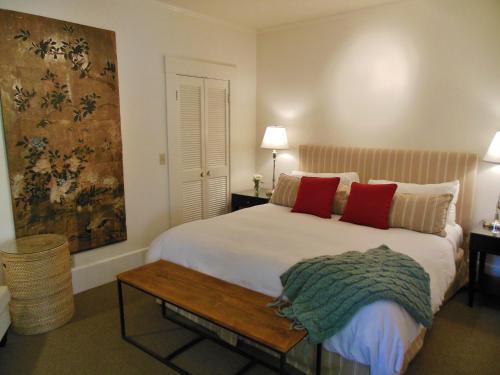 The Upham Hotel Photo