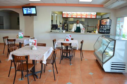 Hotel La Terminal Photo