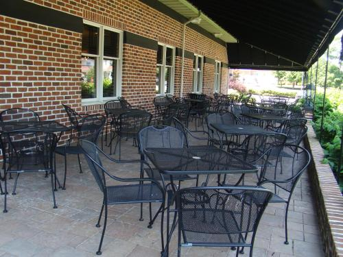 Days Inn By Wyndham Hershey - Hershey, PA 17033